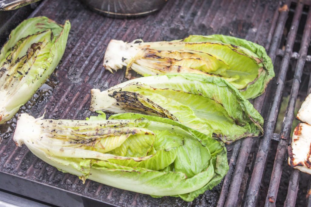 10 food you've probably never grilled before_romaine_lettuce