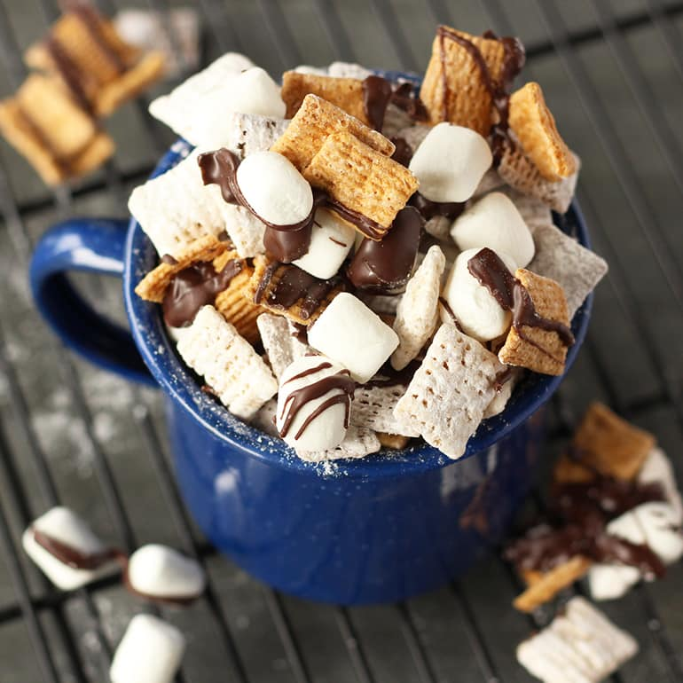 15 fun ways to take S'mores beyond the campfire_smores_chexmix