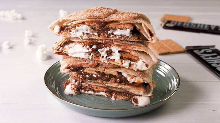 15 fun ways to take S'mores beyond the campfire_smores_crunchwrap