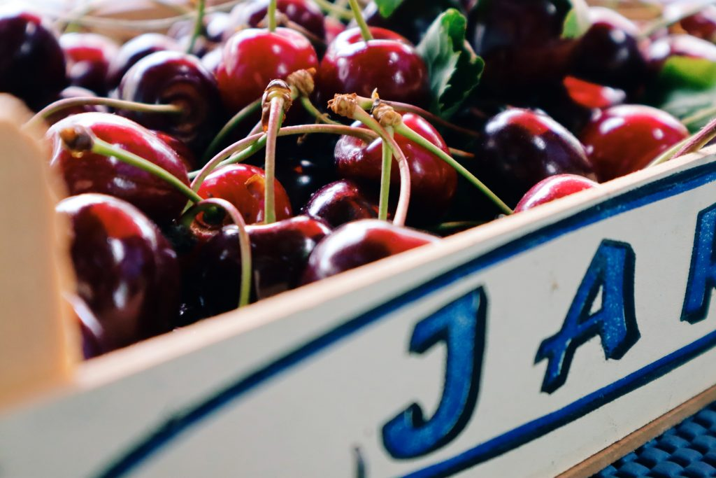 7 reasons you should eat more cherries_antioxidants