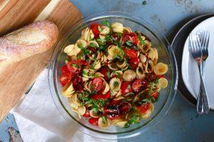 Best bruschetta pasta salad_1