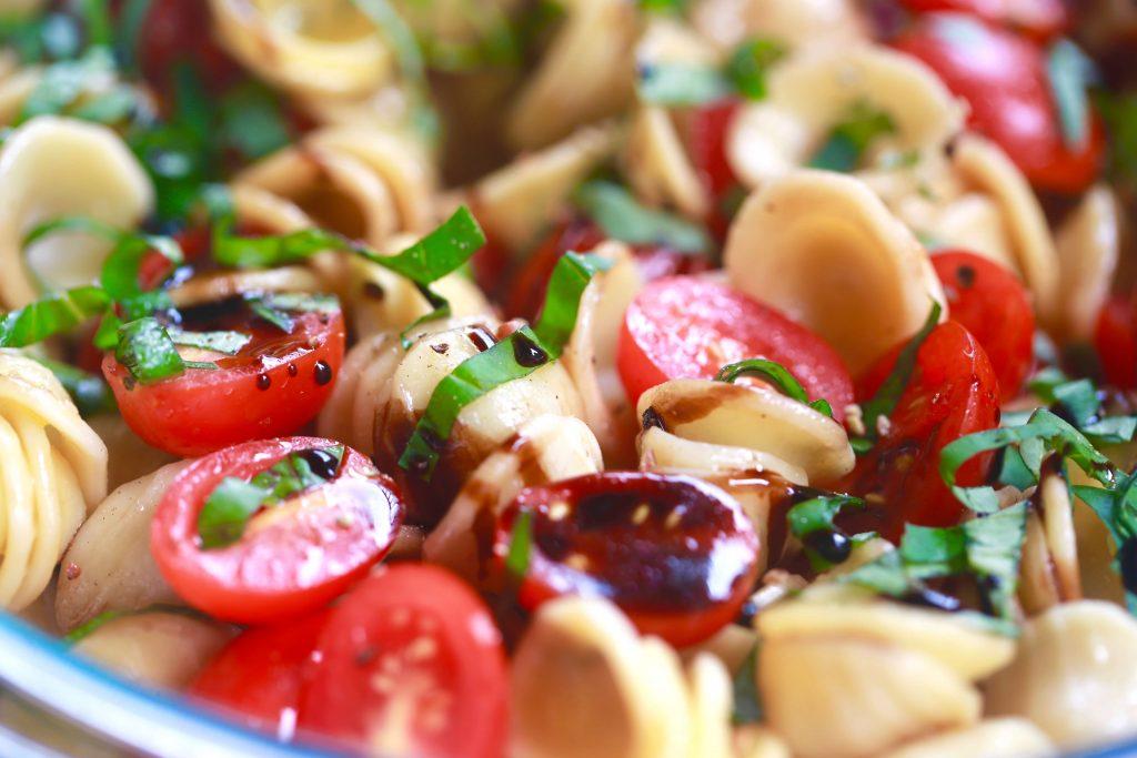 Best bruschetta pasta salad_3