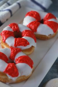 Easy life preserver donuts will save you from hunger during Shark Week_1