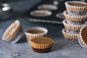 Low Carb Keto Chocolate Peanut Butter Fat Bombs_3