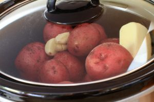 Mashed potatoes made easy in the slow cooker