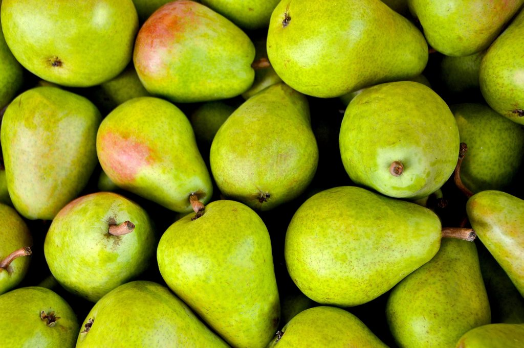 Produce What's in season in October? pears