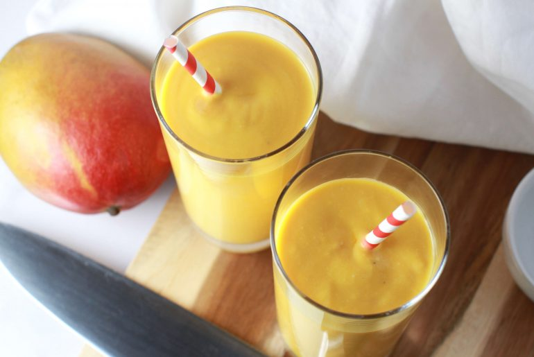 Quick and easy Indian mango lassi recipe_4