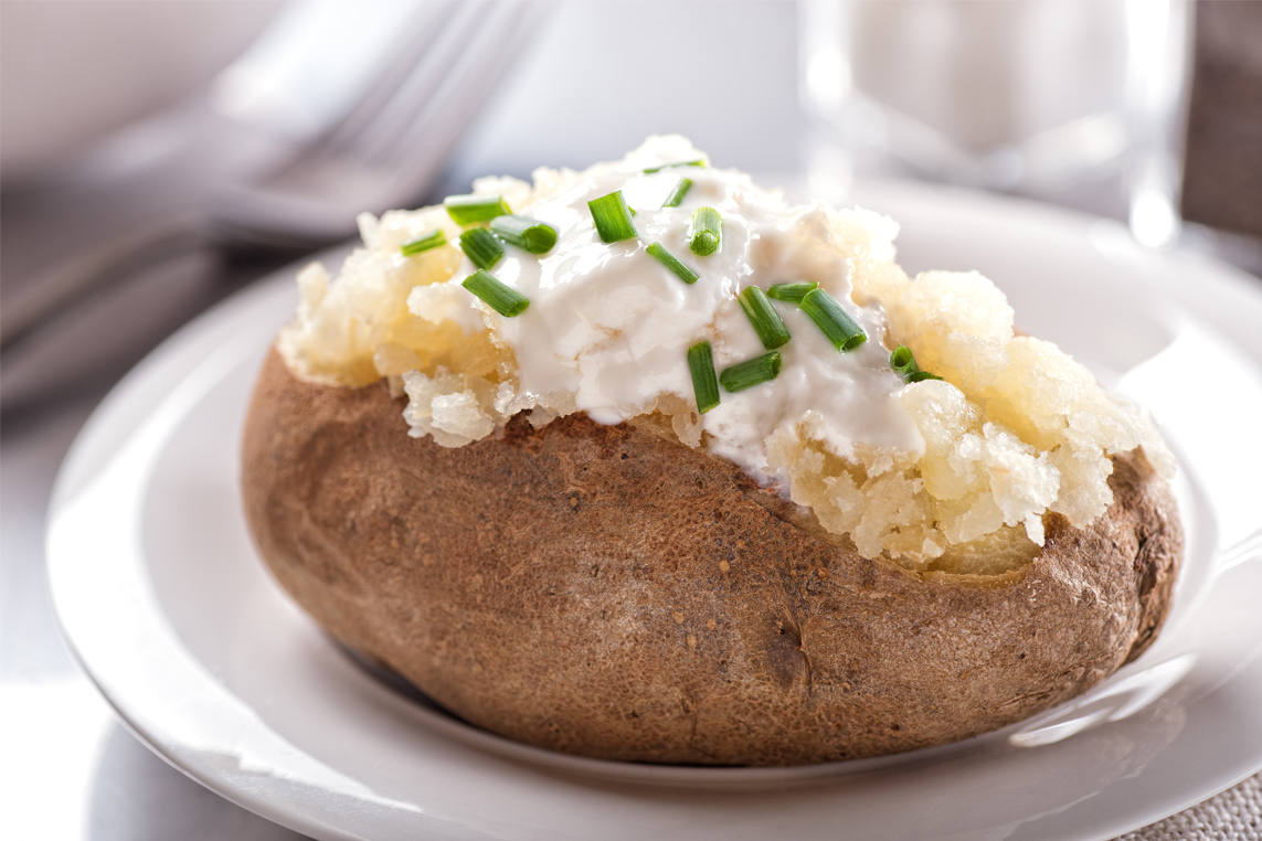 The Best Way To Reheat A Baked Potato Everybodycraves