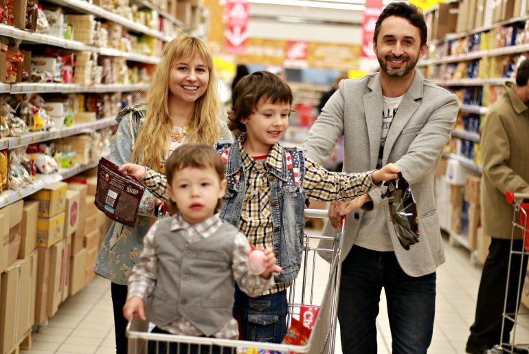 This is the best day to go grocery shopping, according to research