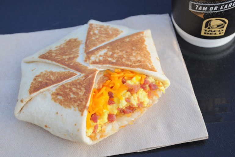 What time does Taco Bell stop serving breakfast?