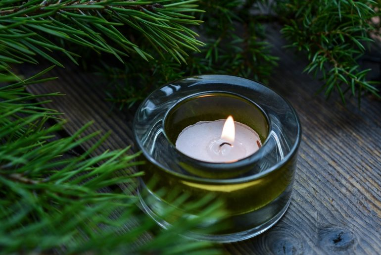 Why you should be burning soy candles instead of your ordinary candles
