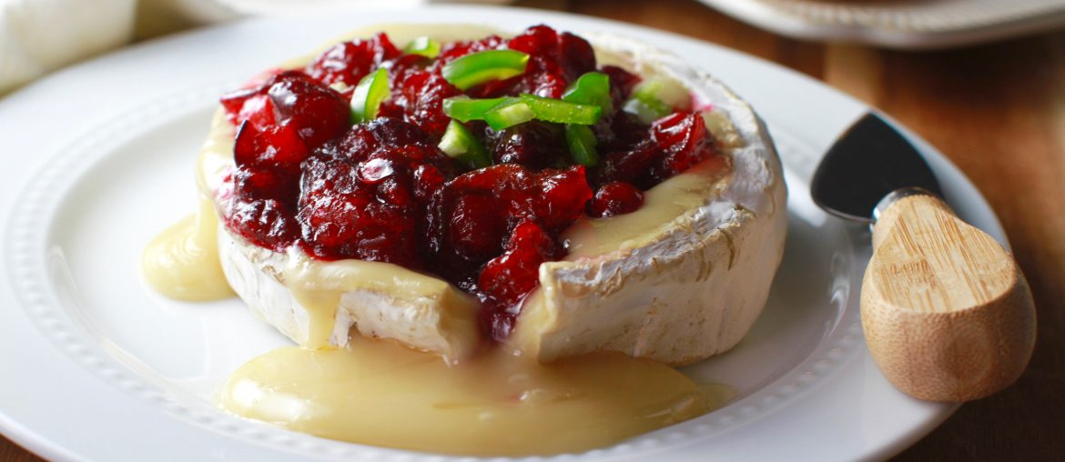baked brie with cranberry jalapeno jam_8