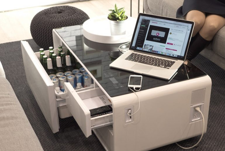 Modern coffee table perfect for mancaves, connected lifestyles by Everybody Craves